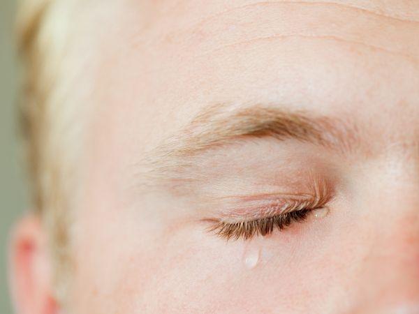 Može li plakanje zaista da ublaži bol?